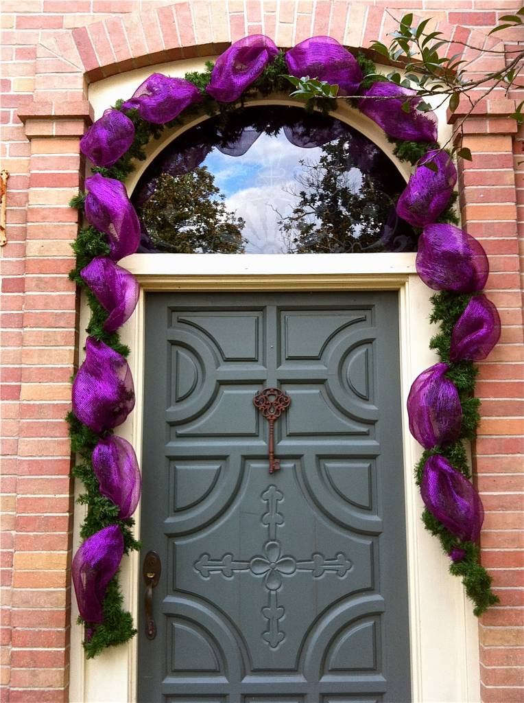 do it yourself mardi gras door decor