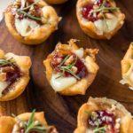 Cranberry brie bites appetiser