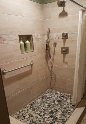 Deluxe shower stall